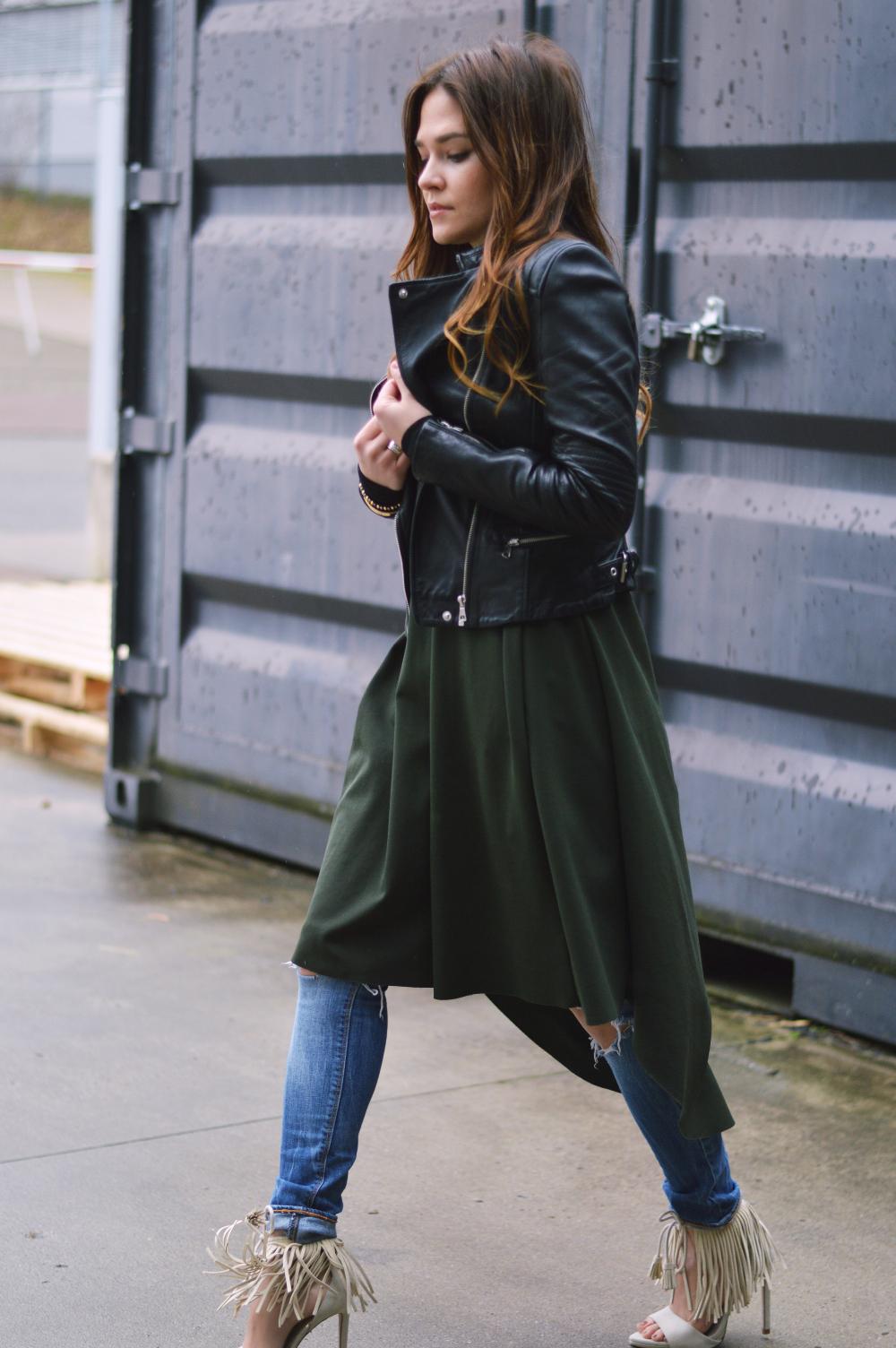 StreetstyleFashionbloggerCOSDressRippedJeans2